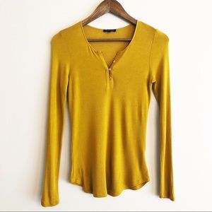 Massimo Dutti fitted henley top mustard size S EUC